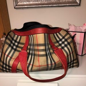Burberry travel luggage (Small)
